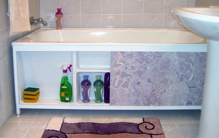 Использование простанства под ванной для хранения бытовой химии