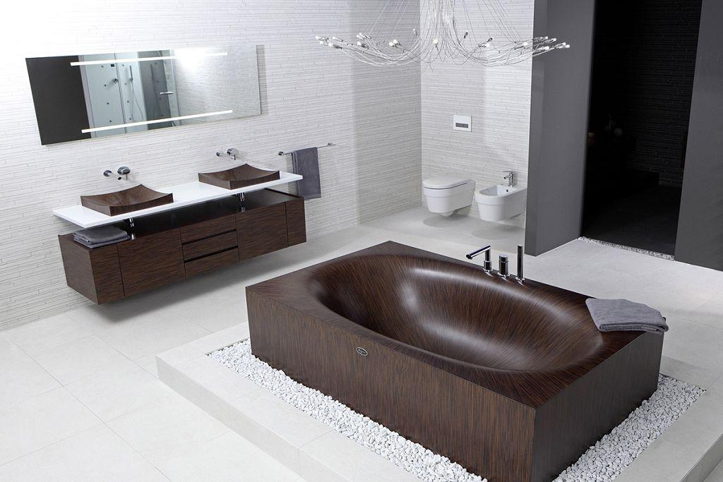 Итальянская ванна из дерева