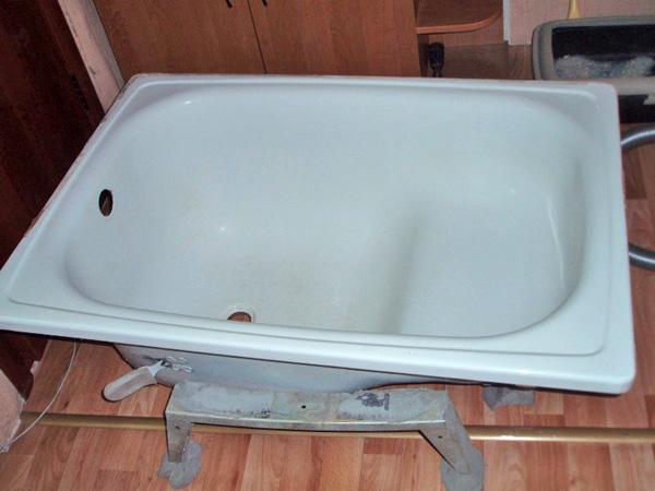 Ванна сидячая стальная
