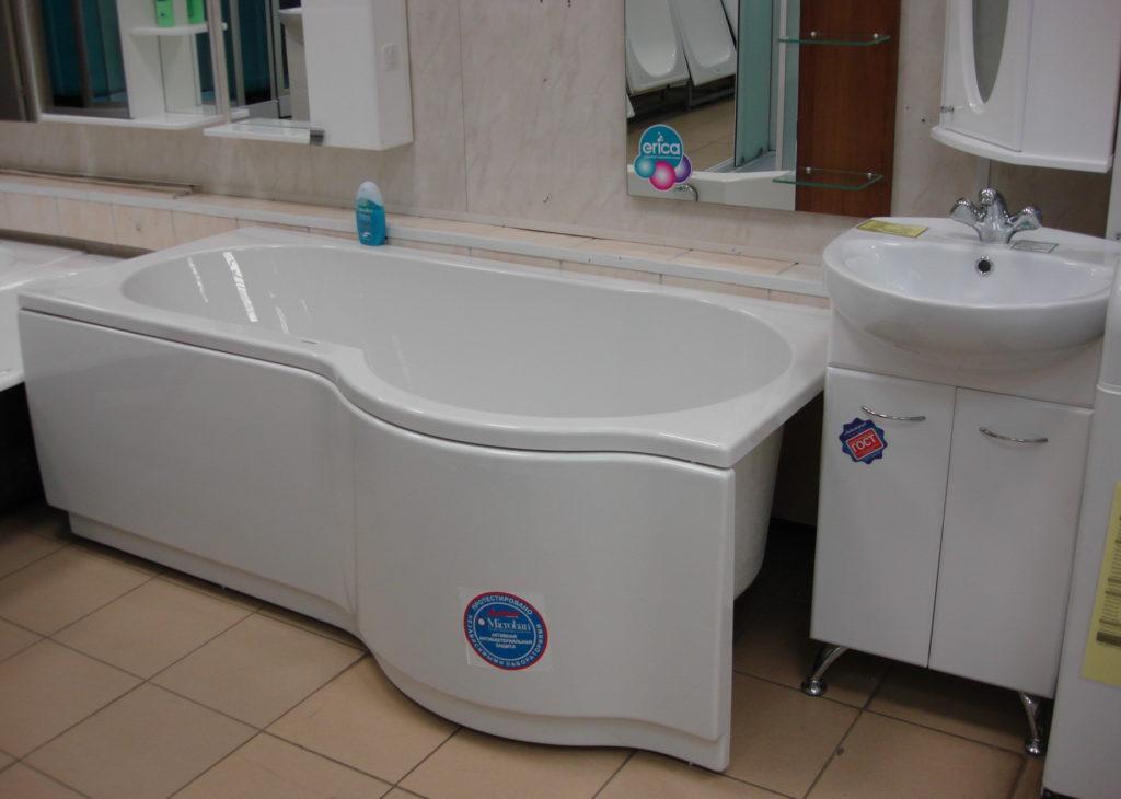 Ванна акриловая RIHO