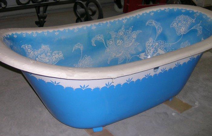 Цветная ванна чугунная с рисунком