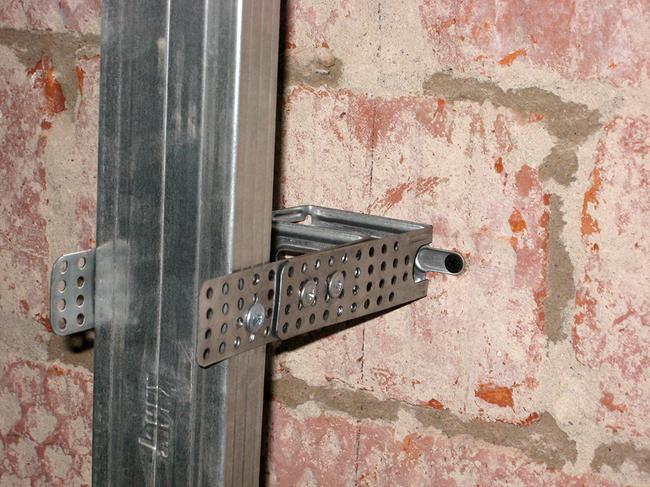 Монтаж стенового каркаса