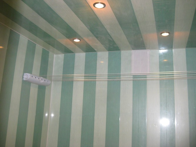 Пример вертикального расположения панелей