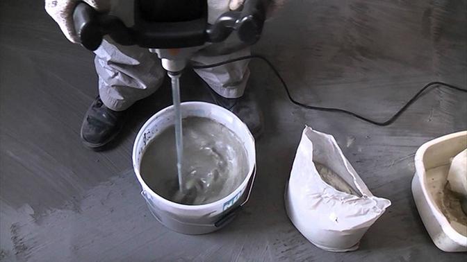 Приготовление раствора наливного пола