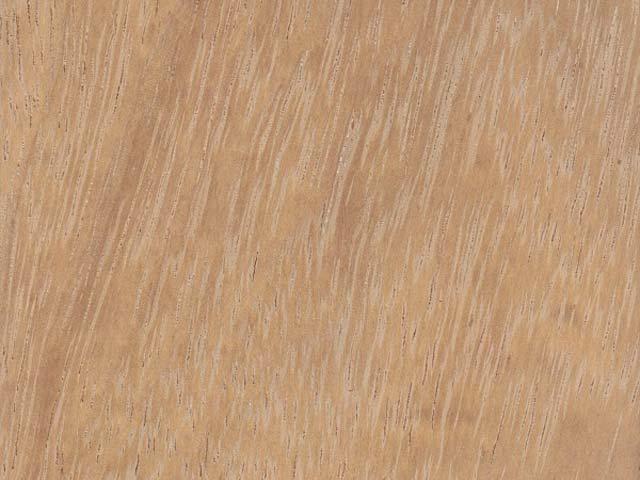 Цвет и текстура ироко