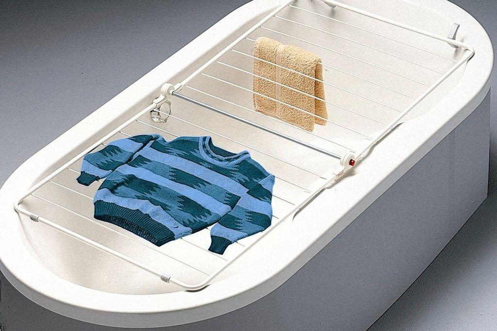 Сушка для деликатных вещей на ванну