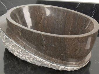 Каменная ванна