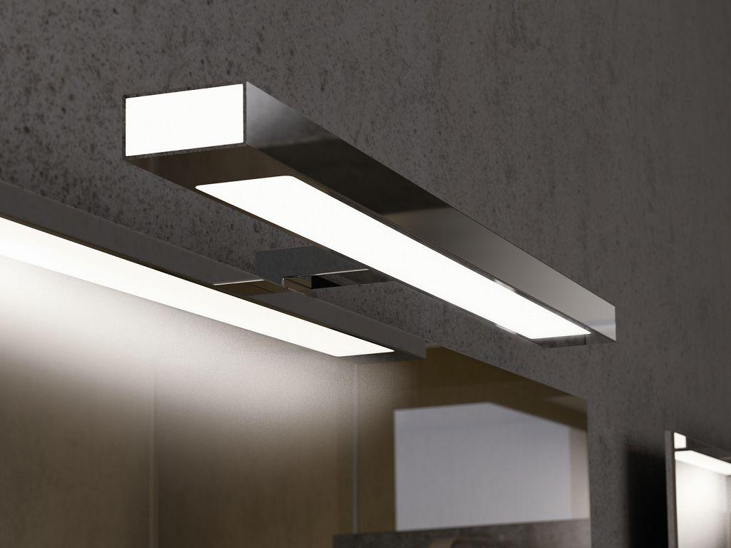 Светильник для зеркала в ванной комнате