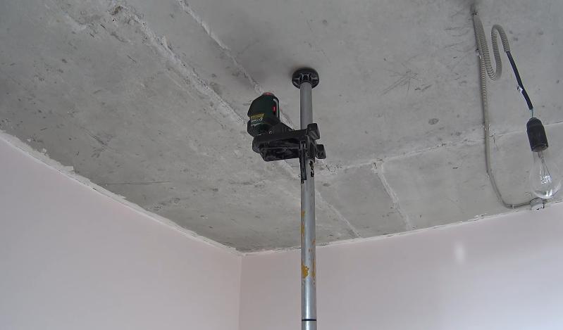 Лазерный осепостроитель поможет в разметке