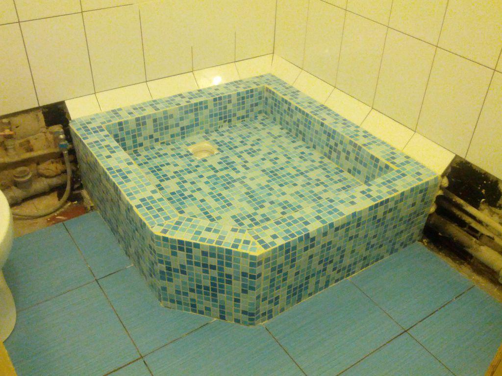 Мозаику укладывать легче, чем плитку