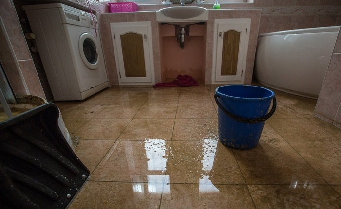 Последствия потопа нужно устранять быстро