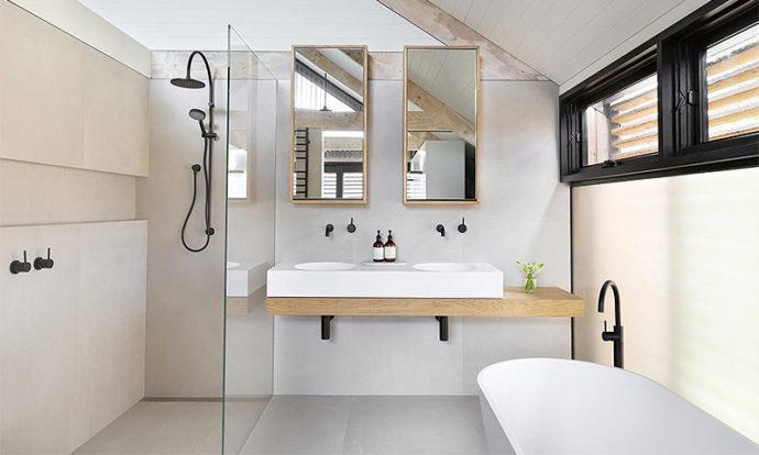 Ванная комната в скандинавском стиле, оформление в светлых тонах