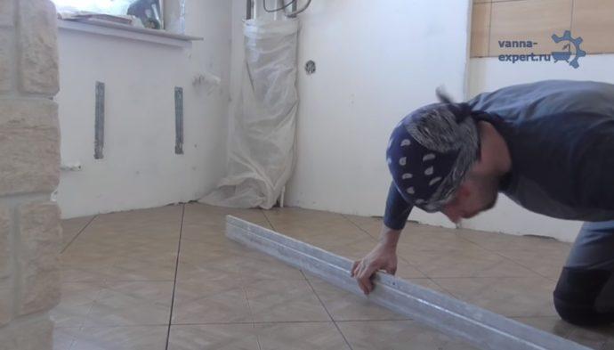 Важно проверить горизонтальность покрытия