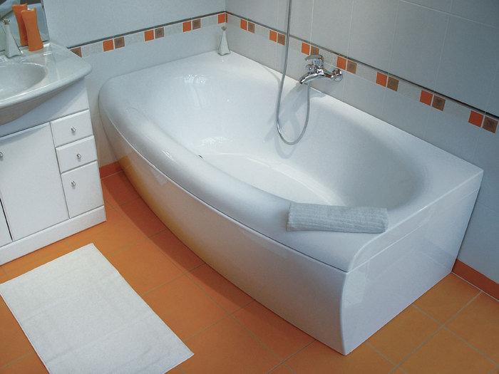 Ванны из пластика и акрила имеют невысокую прочность, не отличаются долгим сроком службы