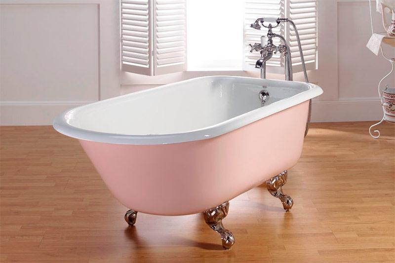 Новая чугунная ванна