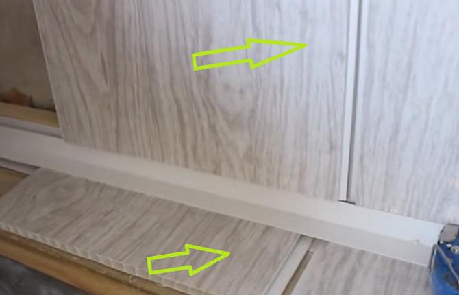 Пластиковые панели под ванной