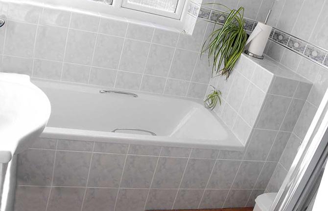 Ванна обложенная плиткой