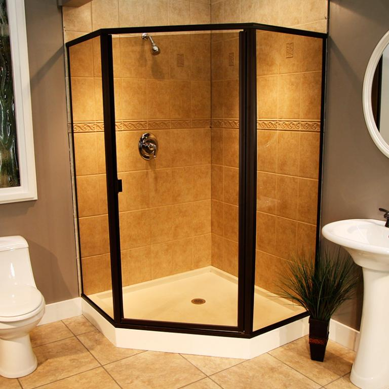 Душевая кабина на сегодняшний день - это не просто альтернатива ванны, но и деталь интерьера, которая должна гармонично вписаться в ванную комнату