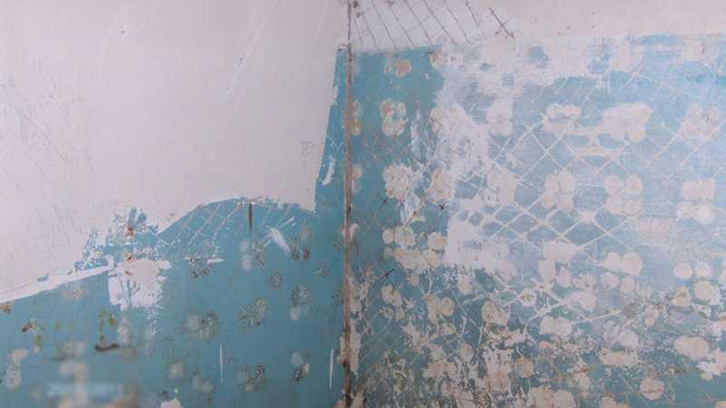Подготовка окрашенной стены к укладке плитки
