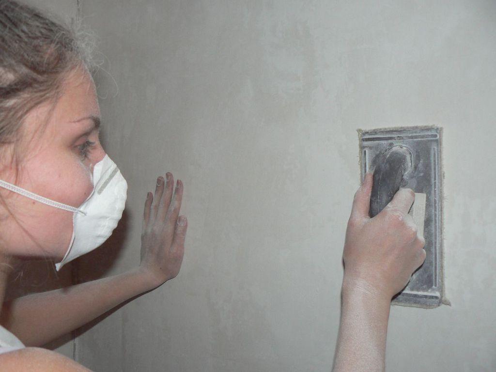 Шлифовка поверхности стен