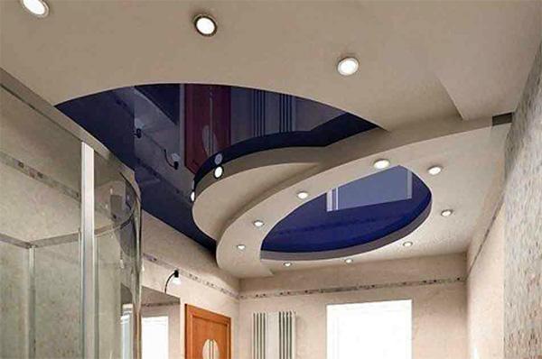 Красивый натяжной потолок в двух уровнях