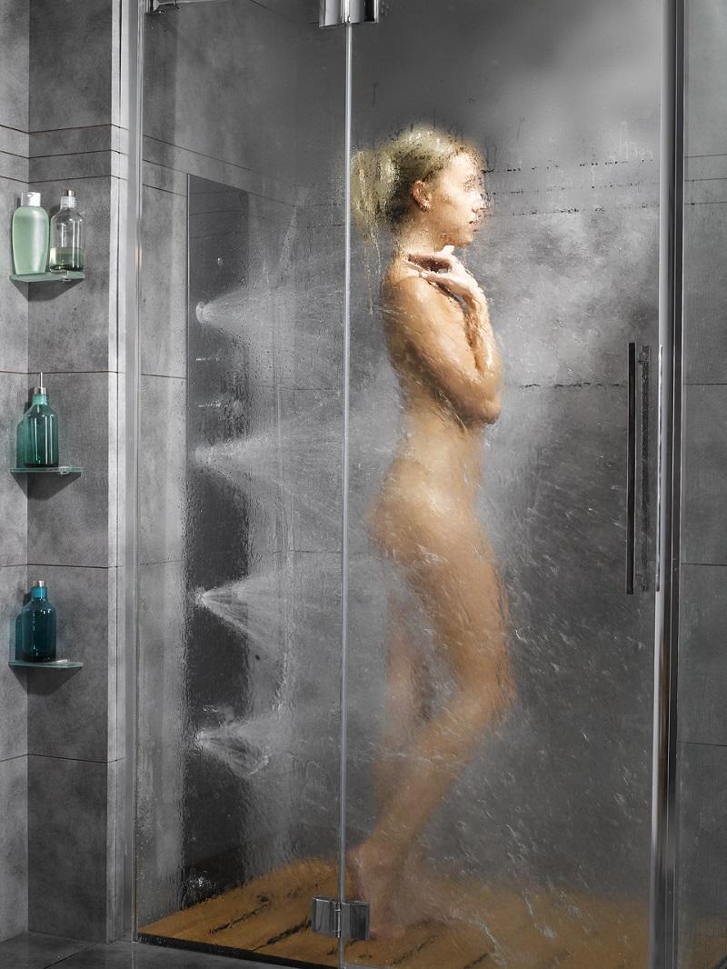 Женщины в душе бане смотреть