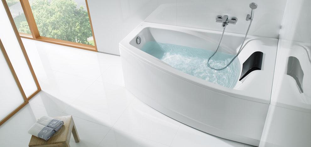 Испанская акриловая ванна Roca