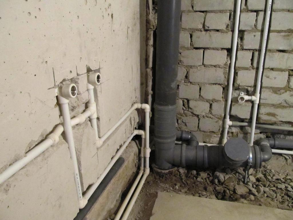 Скрытая разводка водопровода