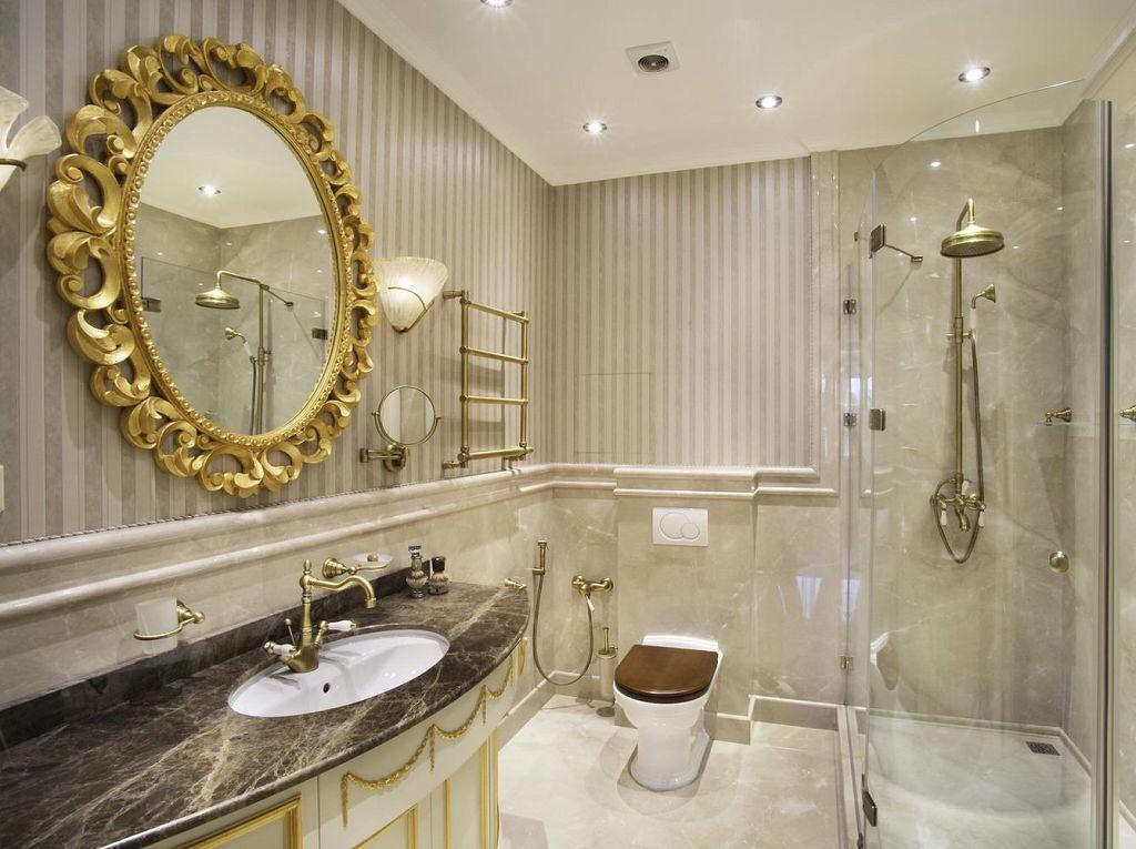 Круглое зеркало в ванной кКруглое зеркало в ванной комнате с подсветкоймнате с подсветкой