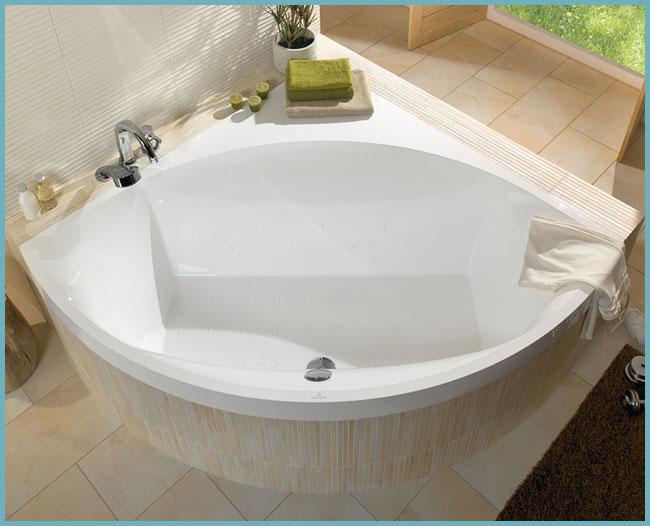 Квариловая угловая ванна
