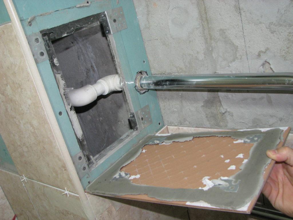 Люк для ванной: 3 способа монтажа ревизионных люков пошагово