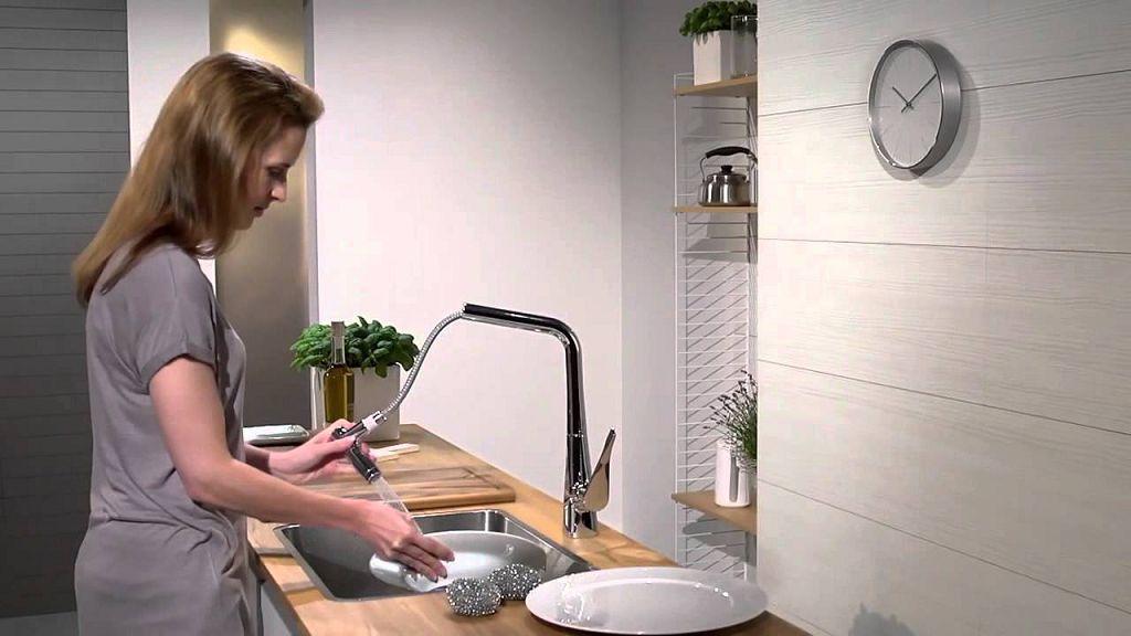 Кухонный смеситель Hansgrohe Metris