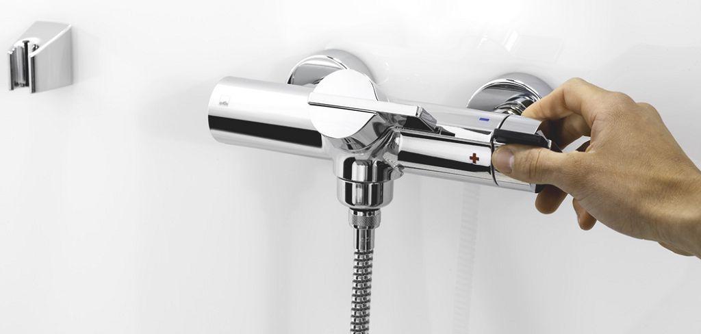 Термостатический смеситель в ванной комнате