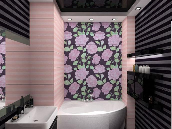 Цветочное панно в ванной