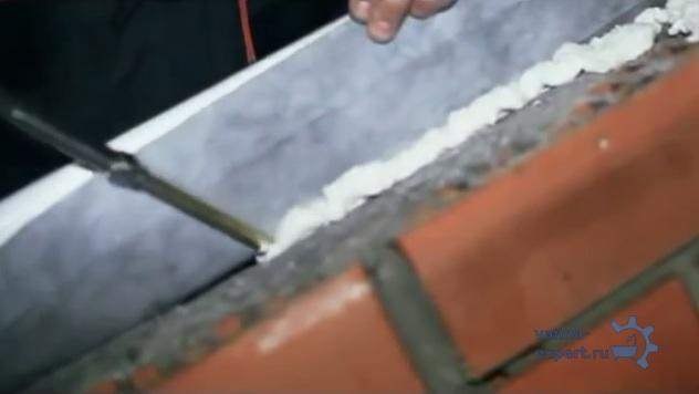 Нанесение пены под ленту