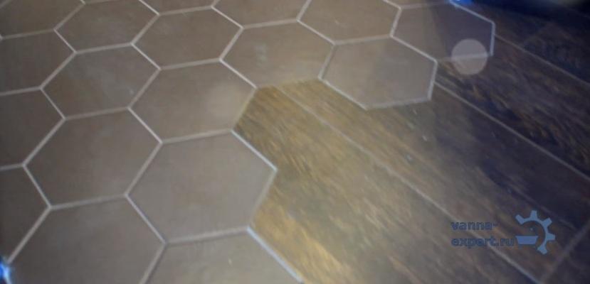 Сочетание шестиугольной плитки и ламината