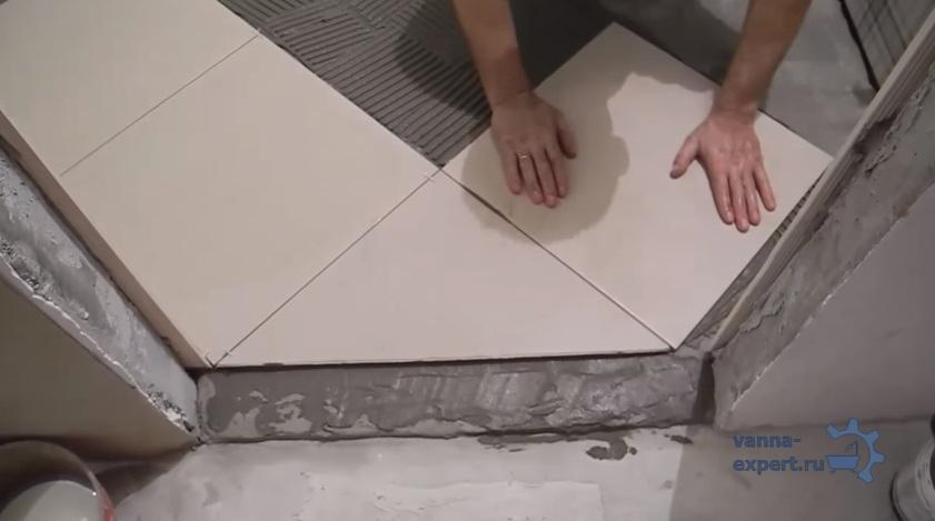 Укладка плитки - фото
